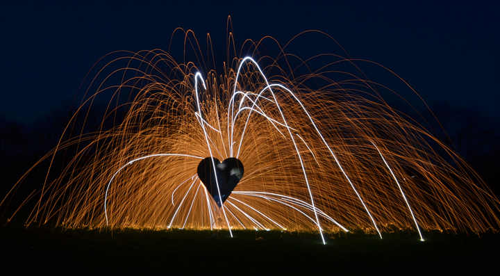 Light-Painting-Heart